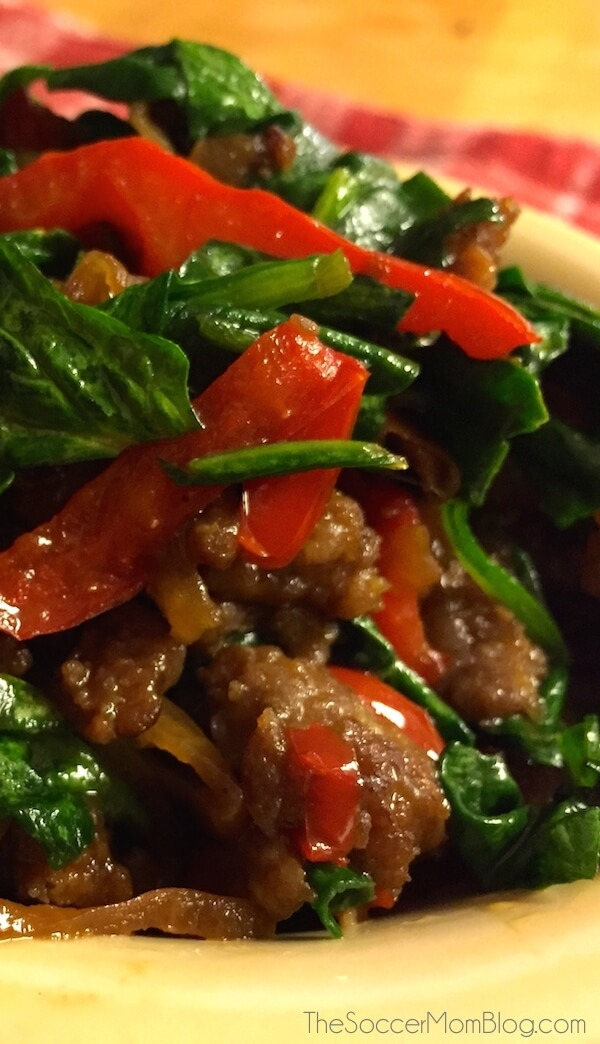 Only 4 Ingredients!! A side dish that's as delicious as it is beautiful! This sausage & spinach skillet is hearty, healthy, and easy!