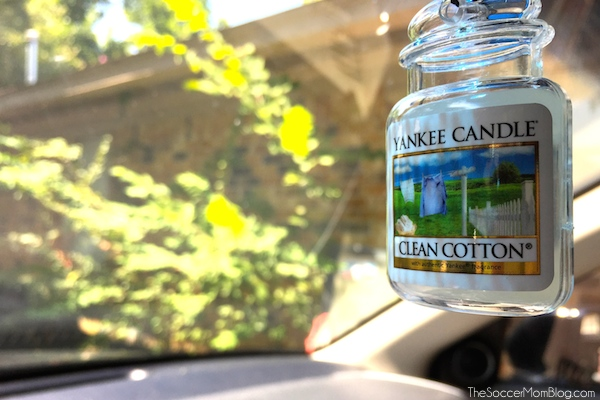 Make your car look and smell clean in minutes with these simple tricks! #LoveAmericanHome #ad