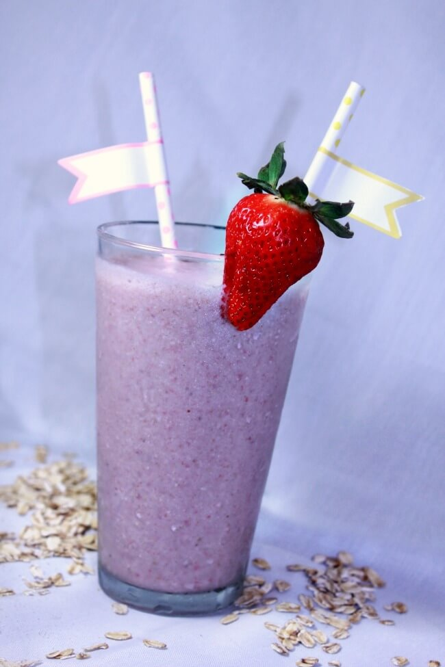 Strawberry Banana Breakfast Smoothie (Dinner with the Rollos)