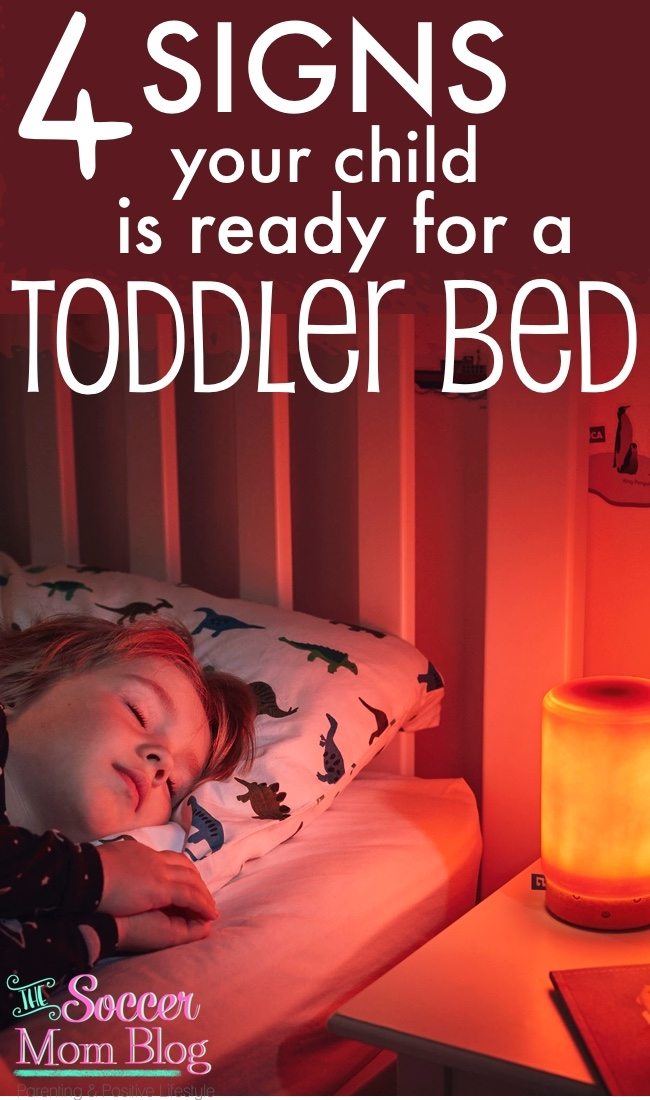 4 signs that your child is ready to transition to a toddler bed, as well as tips from top bloggers to make the move a breeze!