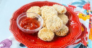 cauliflower nuggets with ketchup for dipping