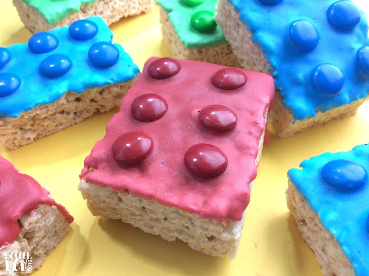 These LEGO Rice Krispie Treats will delight your favorite LEGO fans! The perfect easy dessert to celebrate the new movies, for a birthday party, or anytime!