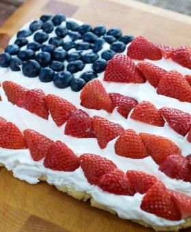 American Flag Fruit Pizza (Gluten Free)