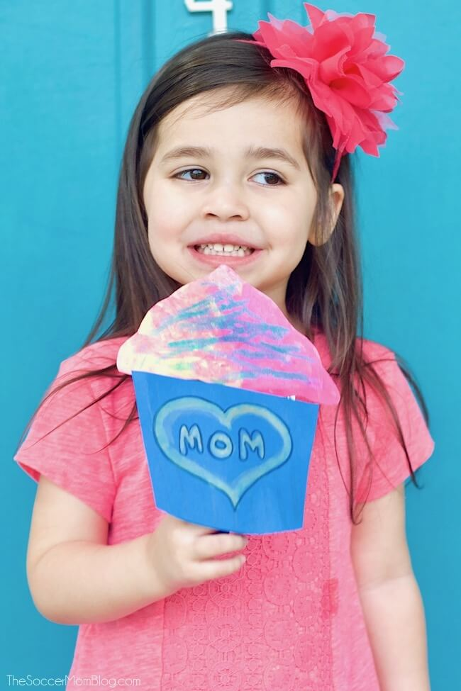 This Pop-Up Cupcake Mother's Day Card is an adorable kid-made keepsake gift with a surprise inside!