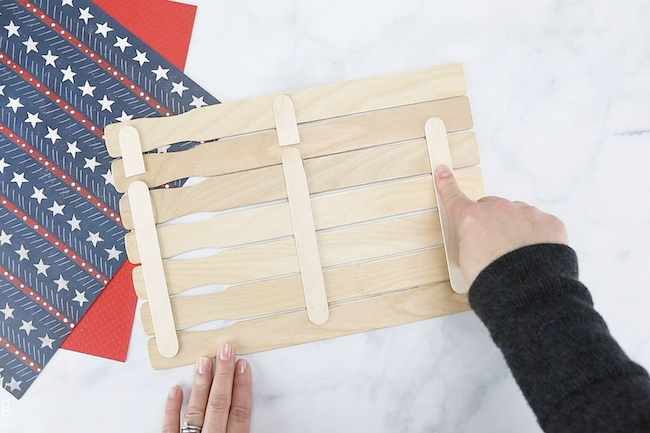 how to make a wooden American flag with paint sticks