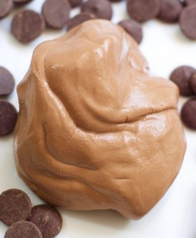 Edible Chocolate Slime Recipe – Only 3 Ingredients!