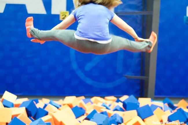 Sure, trampolines are a blast, but they are also one of the most efficient exercise tools out there! 7 trampoline fitness benefits for the whole family.