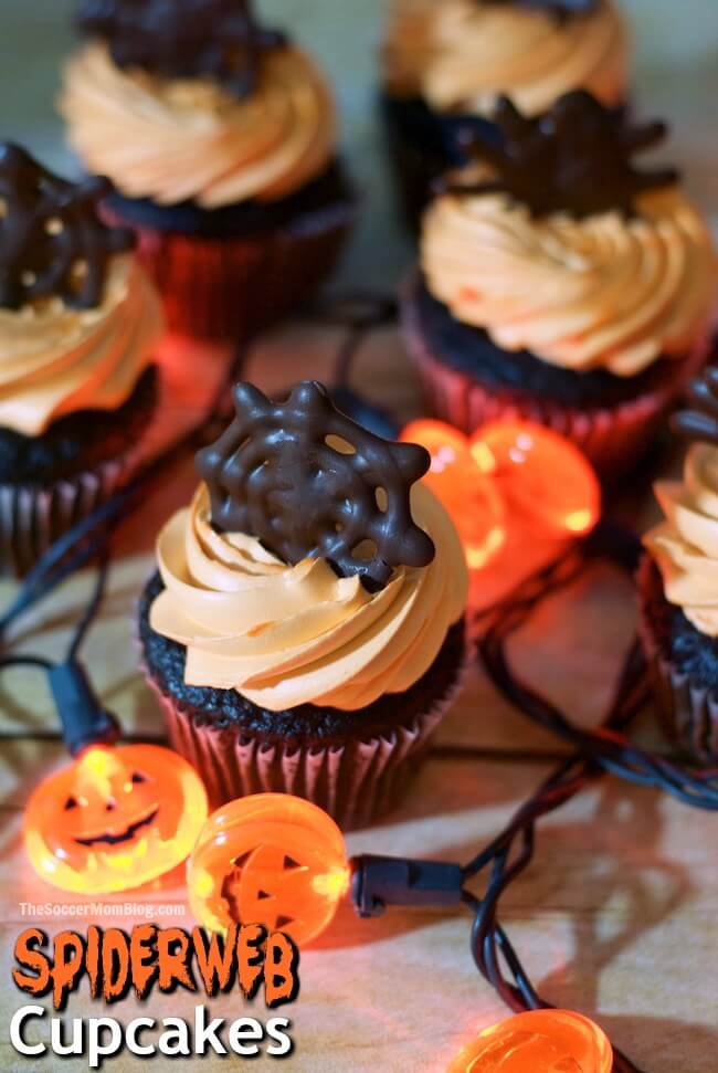 These easy chocolate spider web Halloween cupcake toppers will help you create a wow-worthy holiday dessert in record time!