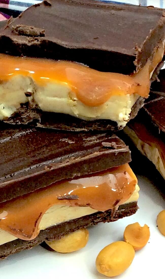 This recipe for homemade peanut butterSnickers bars takes an all-time favorite candy to the next level of amazingness! Layers of ooey-gooey goodness!!