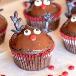 How to make reindeer cupcakes for Christmas