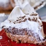 Fluffy, creamy, chocolate-y, crunchy...all of the above! It doesn't get any easier than this decadent no-bake cookie pie! (Only minutes to prep!)