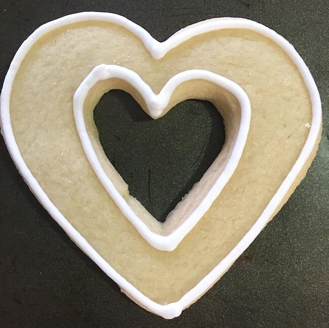 How to make heart cutout cookies