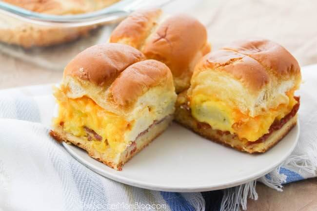 What a way to start the day!! Hot and hearty breakfast sliders right out of the oven are sure to brighten up your morning!