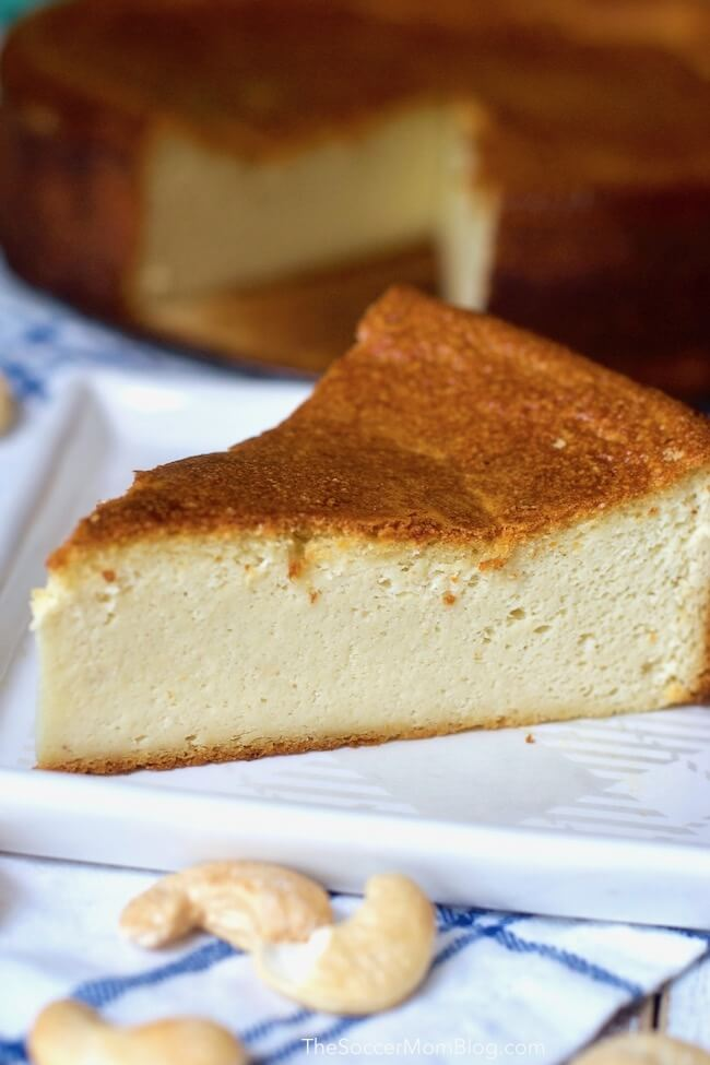 This dairy free cheesecake is absolutely perfect (and easy!) It's heaven for cheesecake lovers who are trying to avoid dairy!