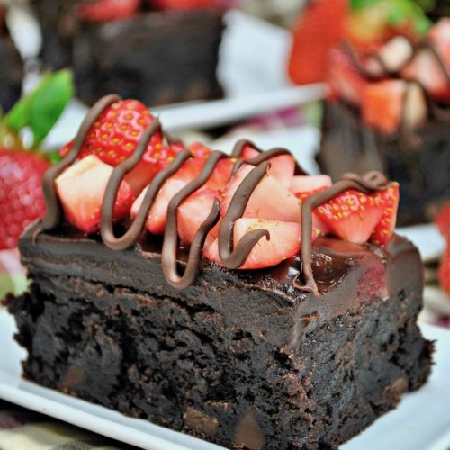 Chocolate Covered Strawberry Brownies The Soccer Mom Blog