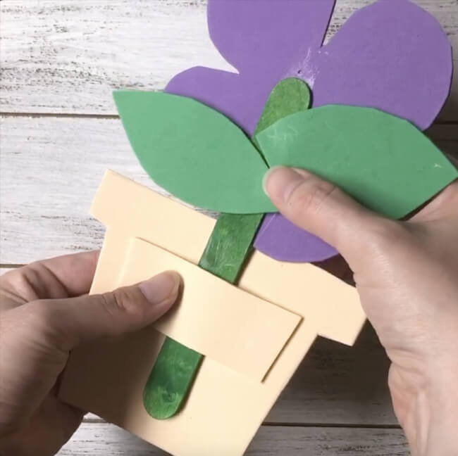 flower popsicle stick craft