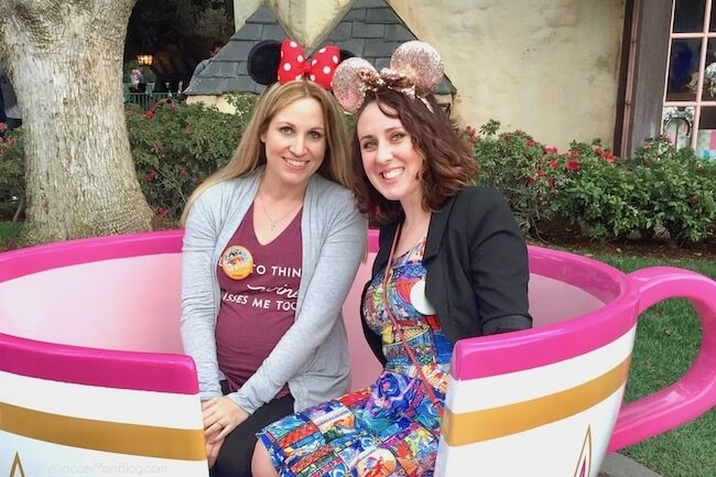 How to not only survive, but LOVE visiting Disney while pregnant!