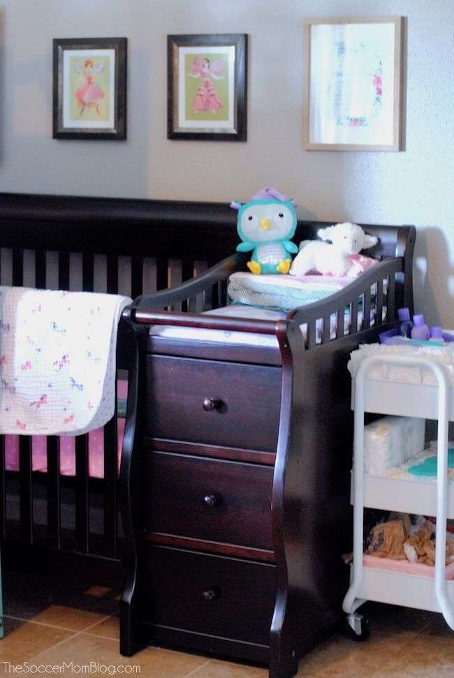 3-in-1 crib for small space nursery