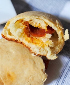 West Virginia Pepperoni Rolls (with Video)