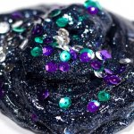 This glittery, glow in the dark Galaxy Slime is absolutely mesmerizing! And so easy to make! Click for video tutorial!