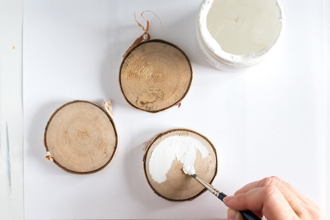 How to make hand lettered wood slice ornaments