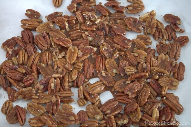 How to make paleo candied pecans on baking mat