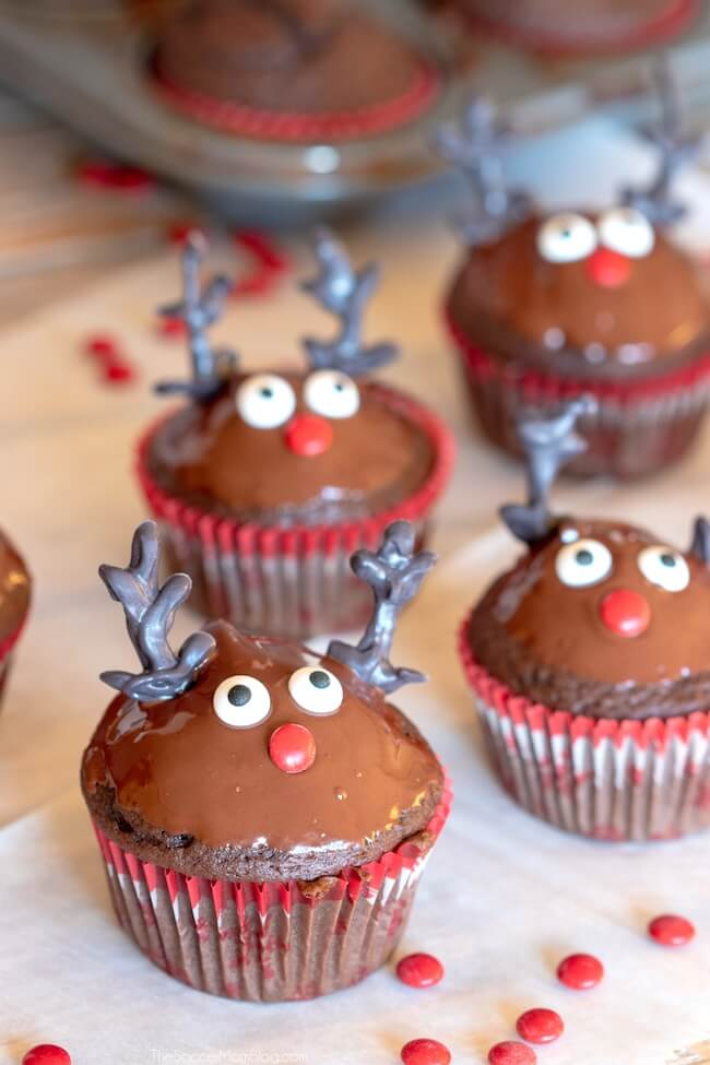 Easy Rudolph cupcakes for Christmas