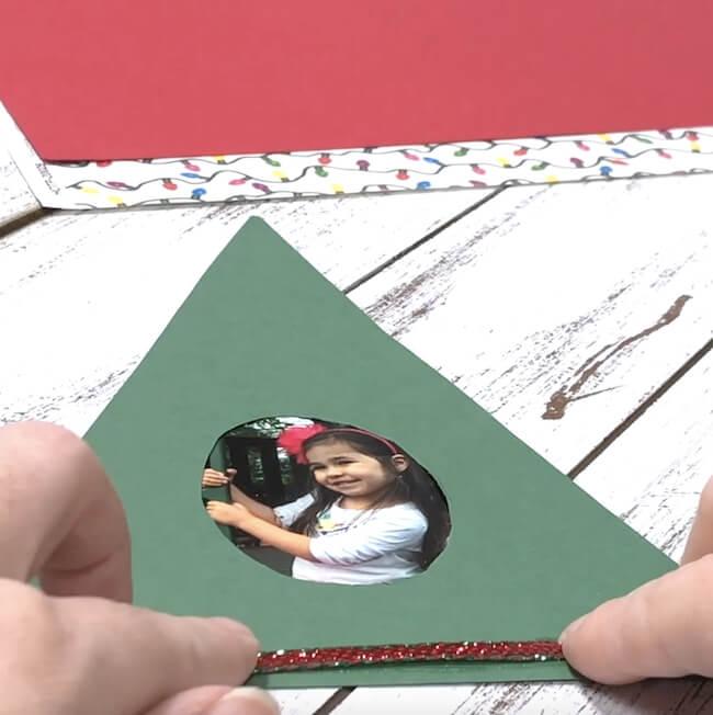 How to make an easy Christmas tree keepsake photo frame
