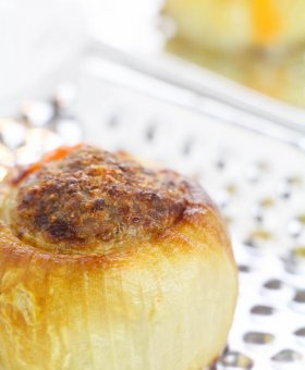 Keto Stuffed Onion Bombs