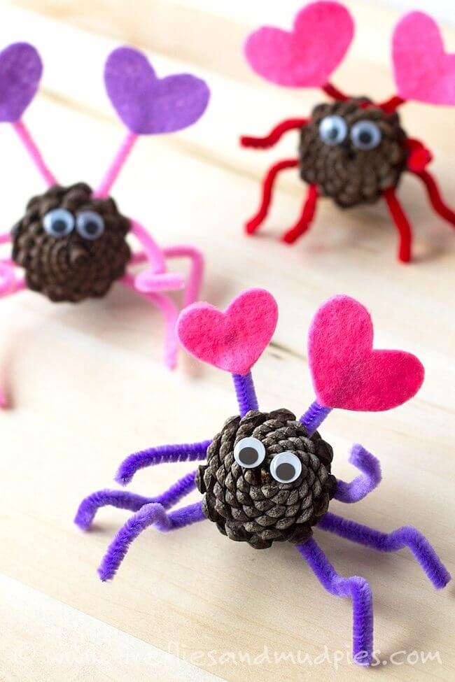 pine cone love bug craft