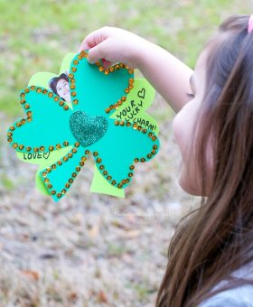 Kid-Made Shamrock Photo Card (with Video)