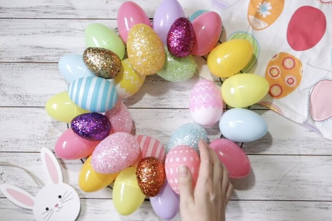 making an Easter egg wreath with plastic eggs