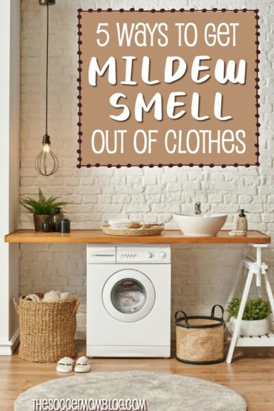 Learn how to get mildew smell out of clothes with simple household products. Five easy tricks to get rid old mold and must odors from laundry that really work! (We tried them!)