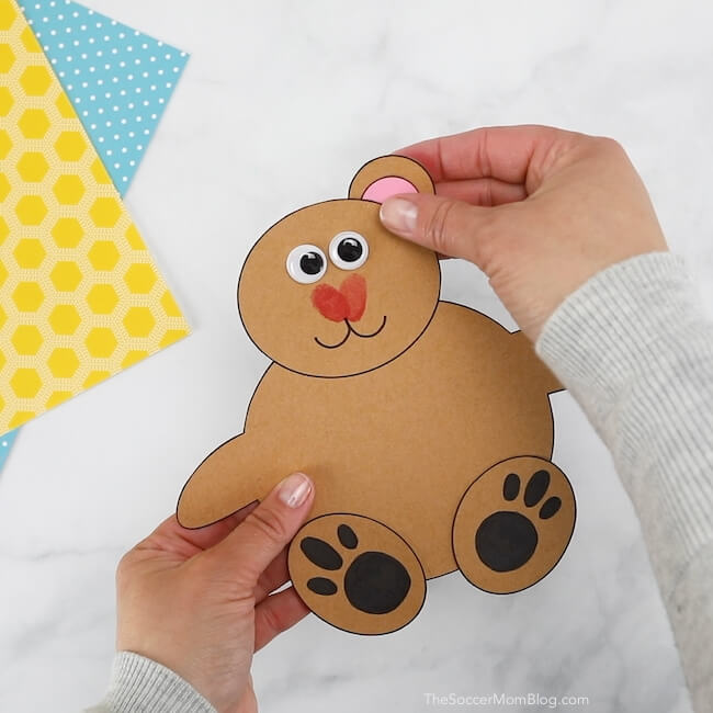 how to make a paper bear card for Father's Day