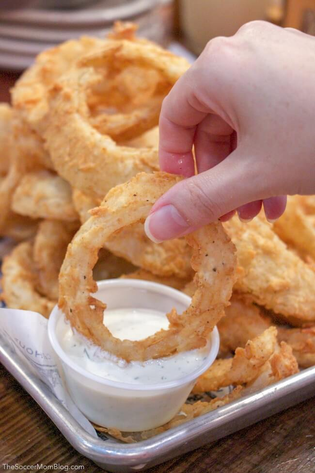 onion rings at Willie's Grill and Icehouse