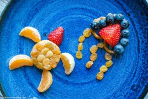 If you're looking for snack ideas for an under the sea theme or simply want to make after school snacking more fun, these under the sea snack ideas for kids are easy to make, wholesome, and super cute!