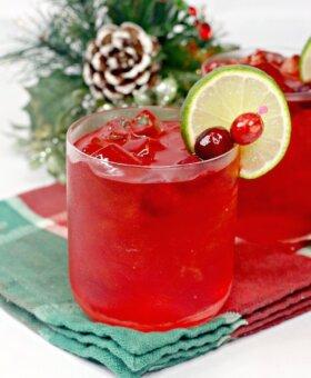Christmas Margarita – aka Mistletoe Margaritas