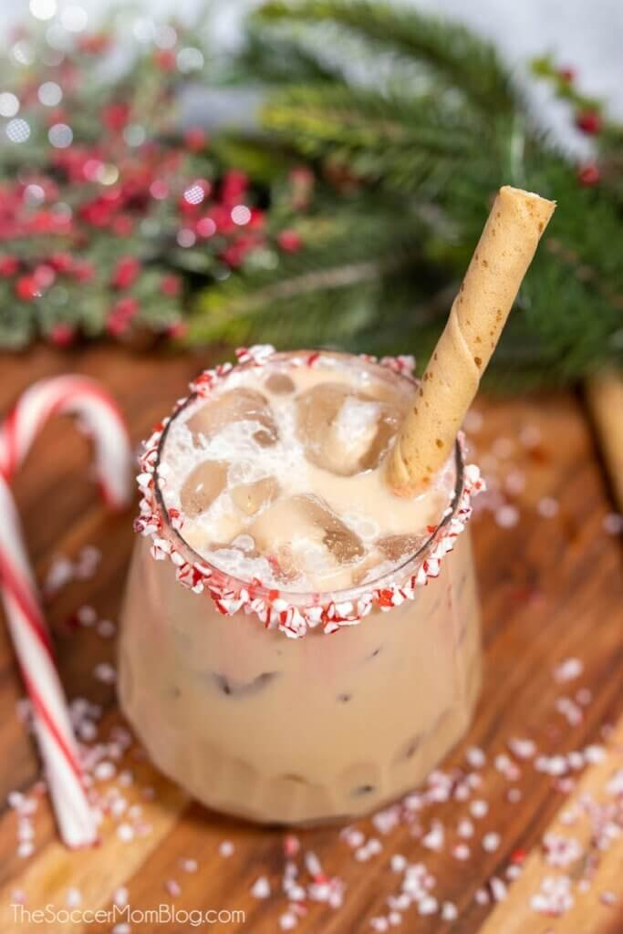 chocolate peppermint Christmas cocktail