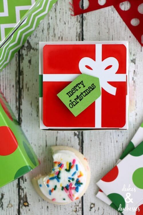 Christmas gift tags Cricut Christmas craft