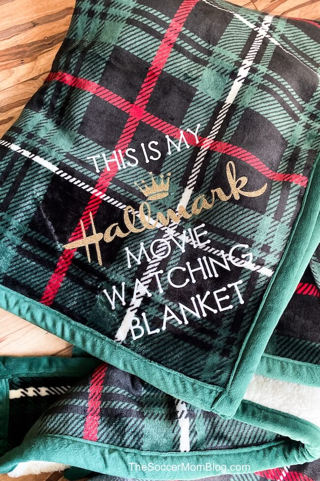 Cricut holiday movie watching blanket