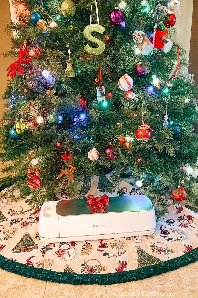 Cricut Maker under the Christmas tree