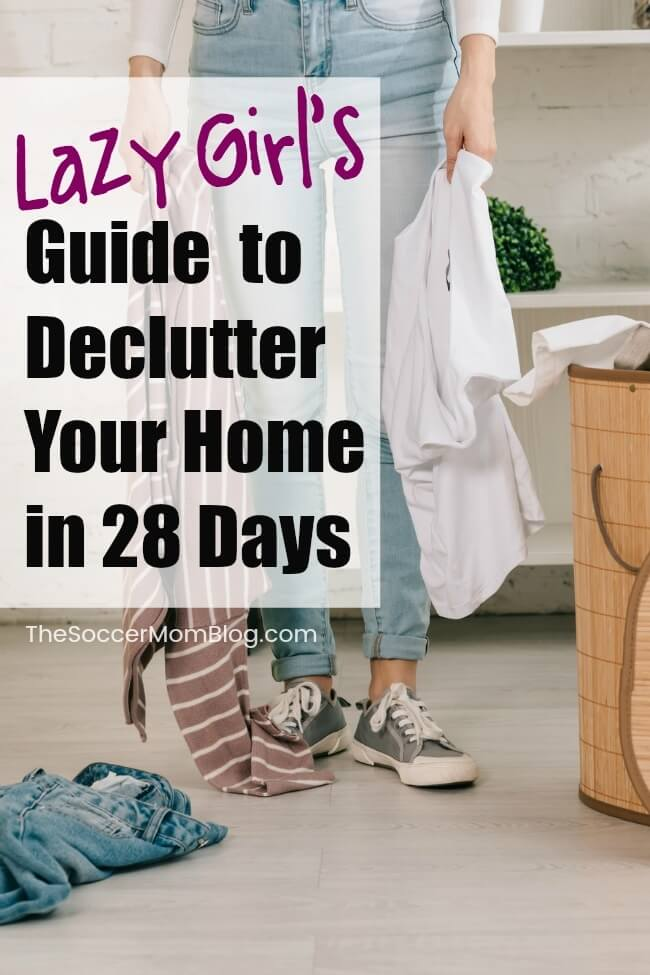 Want to declutter your home after the holidays, but don't know where to start or don't have a lot of time? Then you've come to the right place! Our simple, do-able decluttering tips and handy calendar will have your whole home clutter free in 4 weeks!