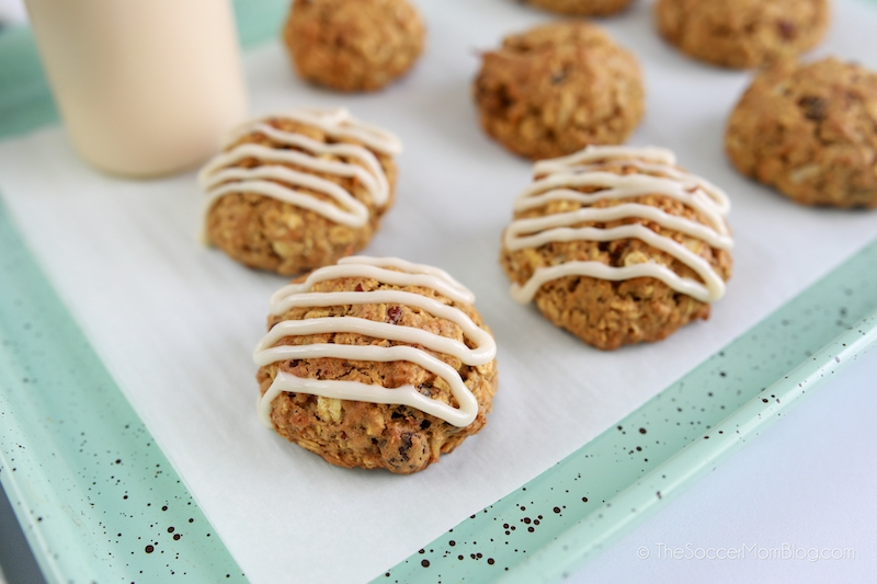 frosting carrot oatmeal cookies
