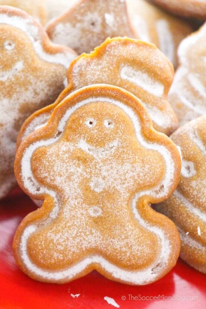 mini gingerbread man cookie