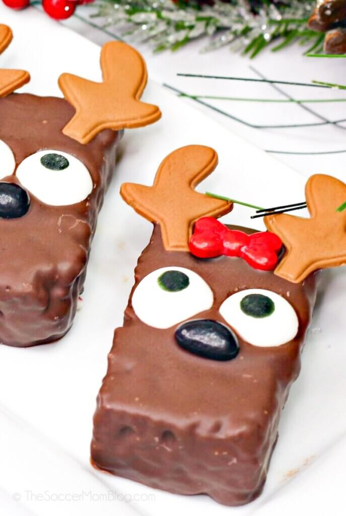 chocolate covered reindeer rice krispies treats