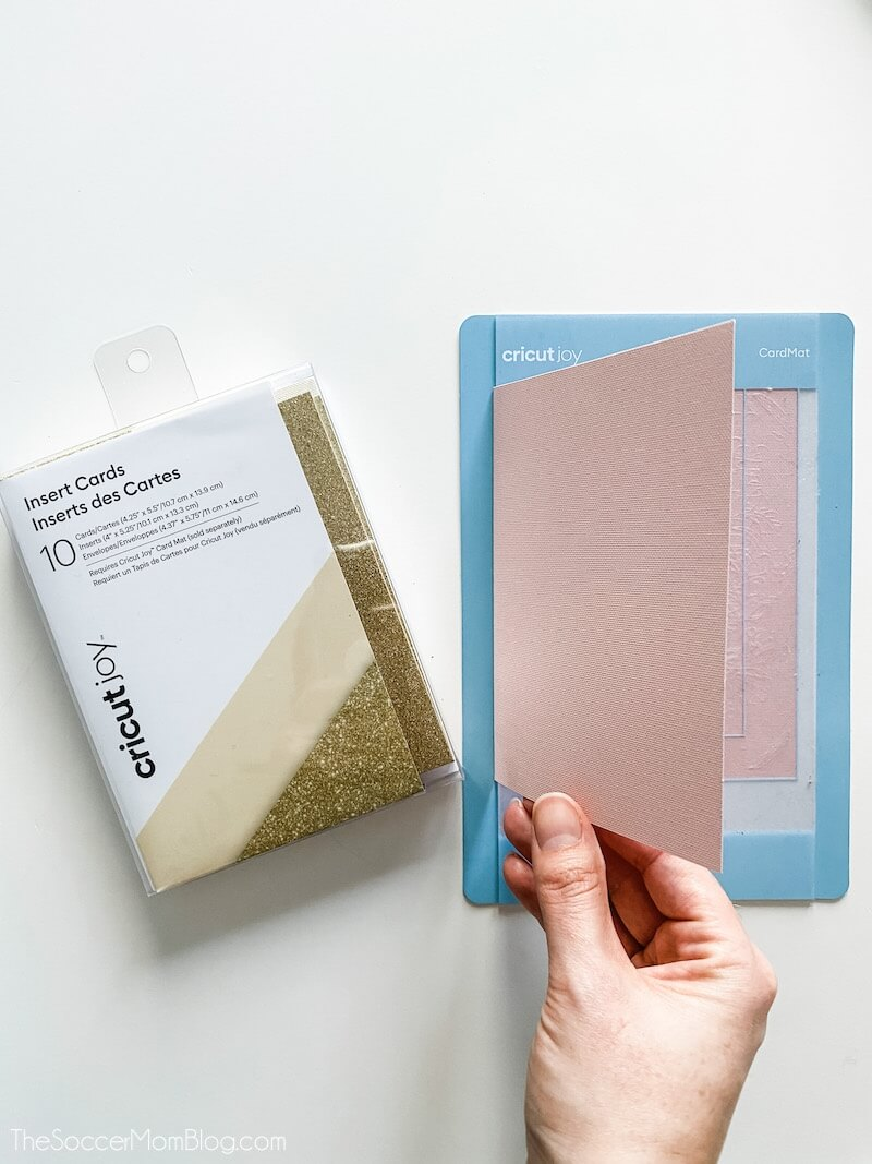 Cricut Joy Kartenmatte mit Grußkarten einlegen