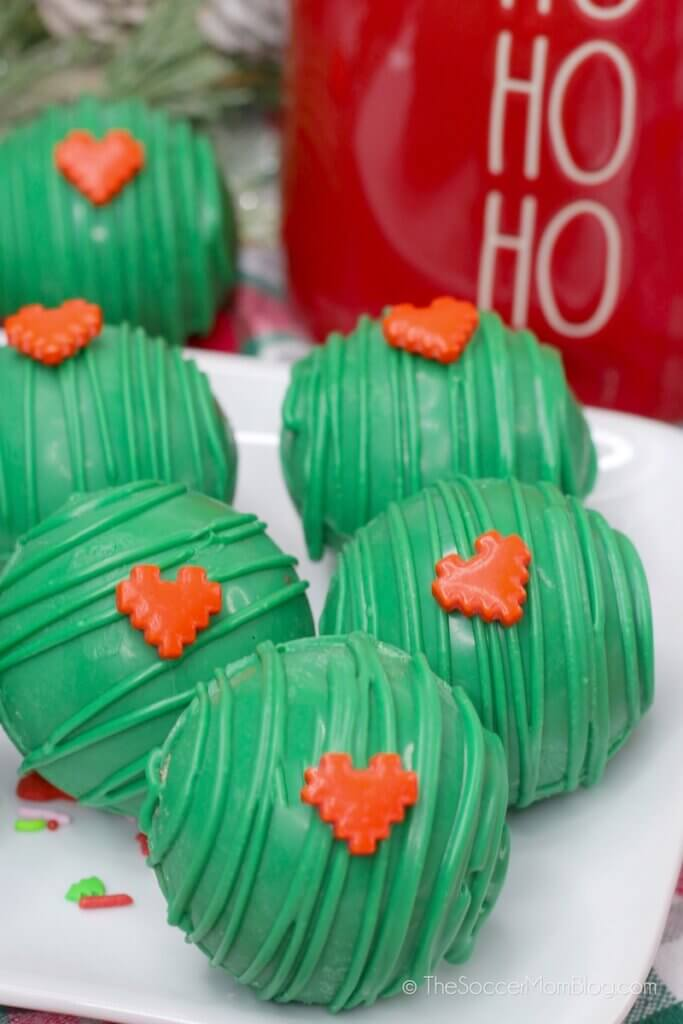 green hot chocolate bombs inspired by the Grinch