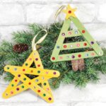 DIY Christmas ornaments with popsicle sticks