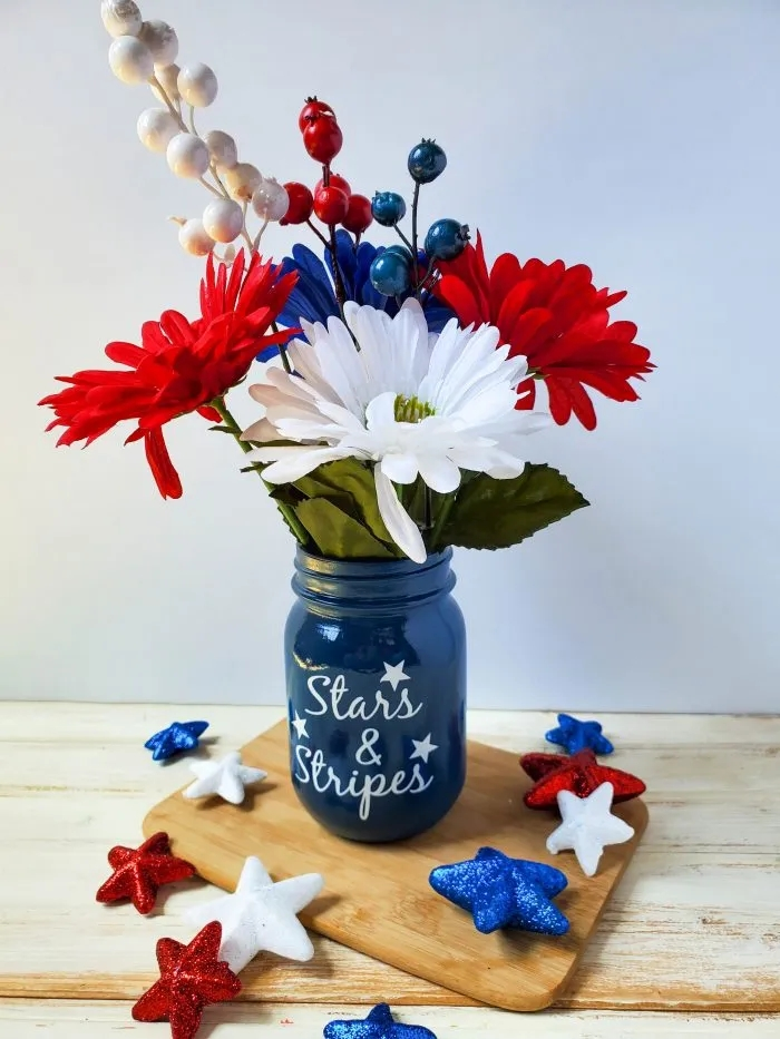 painted mason jar for 4th of July
