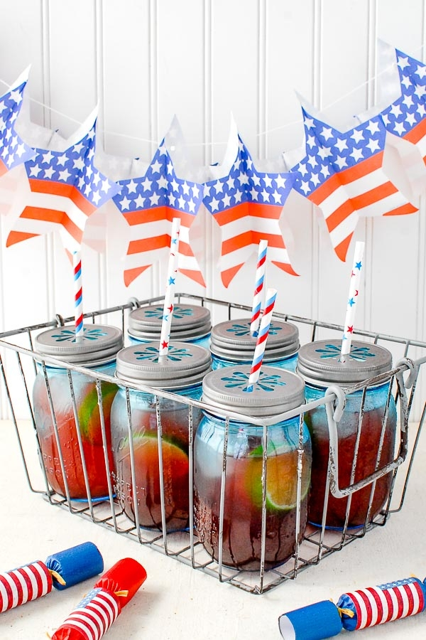 4th of July kids drinks with fruit